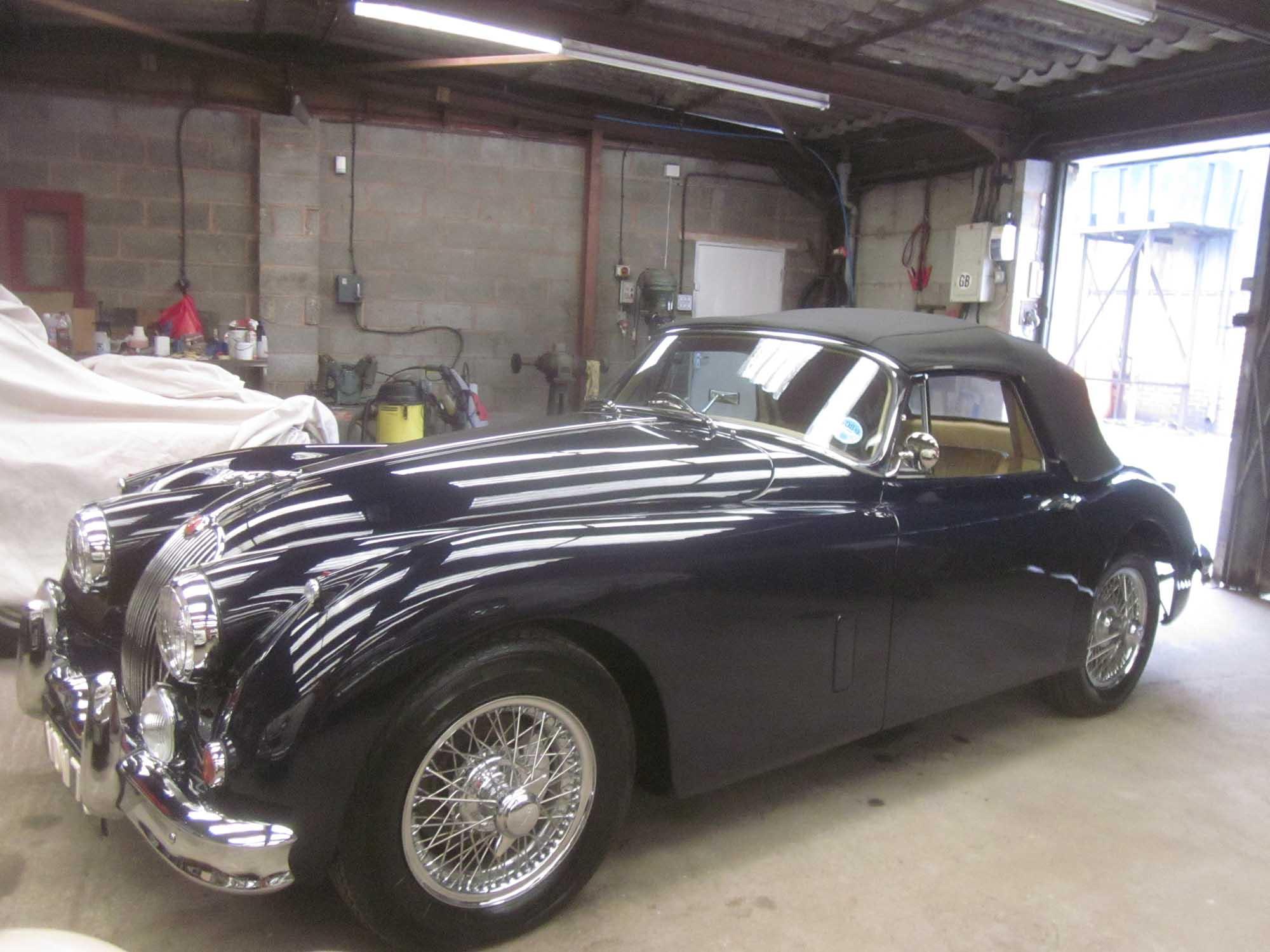 jaguar-xk150-black-2